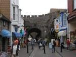 Tenby town gate
