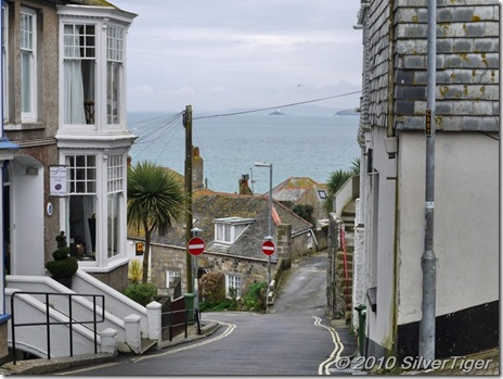 Hilly roads to the sea, St Ives